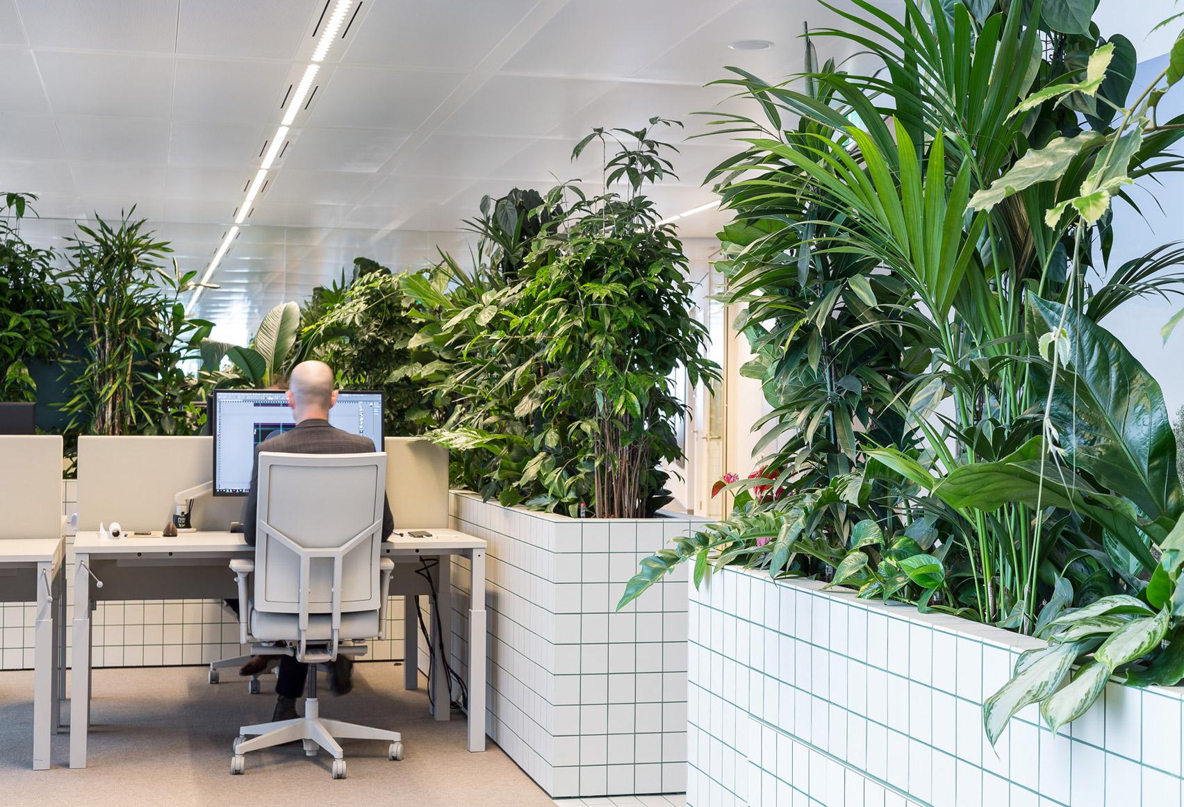 synchroon-office-space-encounters-interiors-utrecht-netherlands_dezeen_1704_col_6.jpg