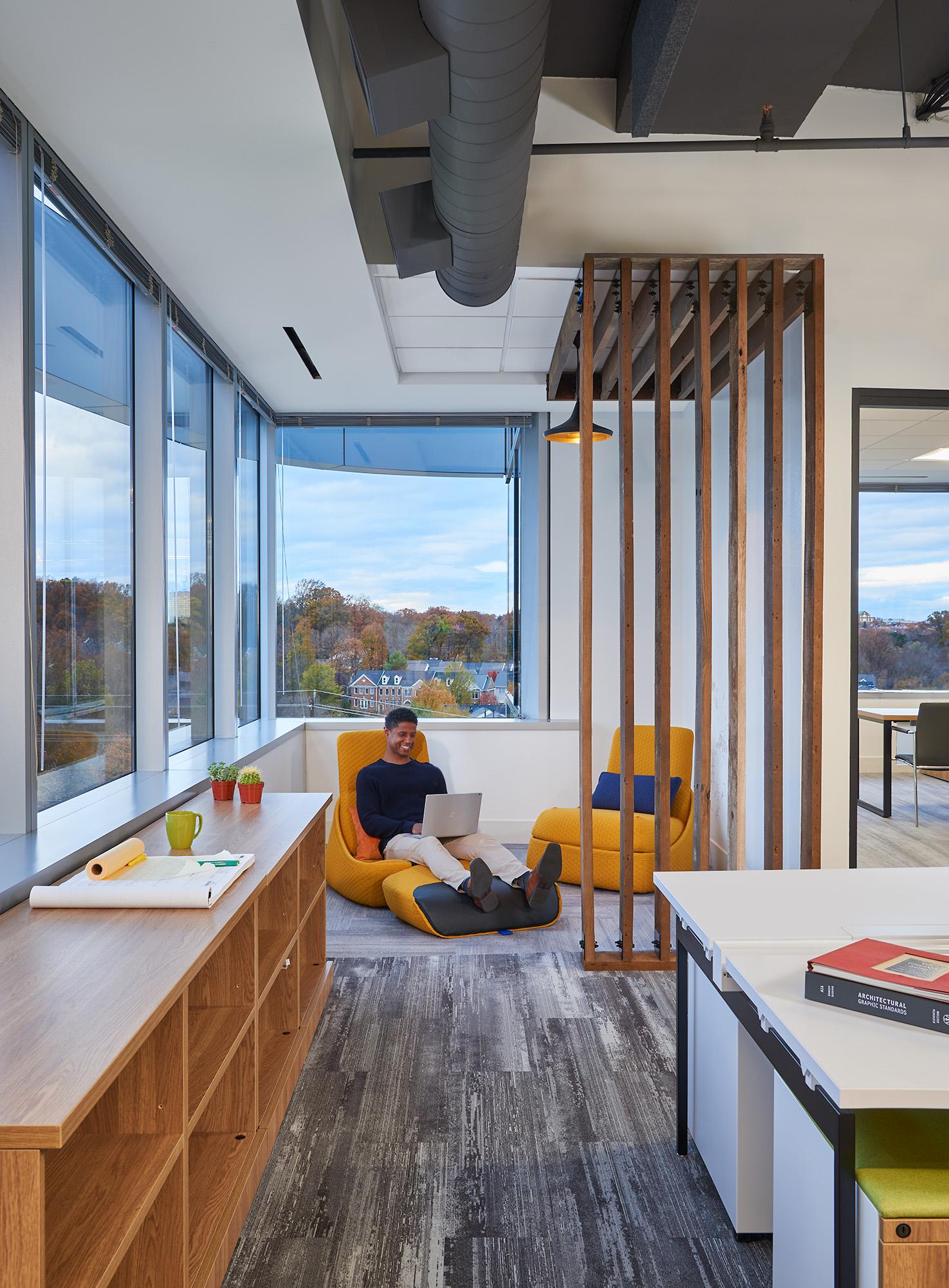 Nika Offices, Rockville, MD. Design: OTJ Architects. Photo: Hoachlander Davis Photography