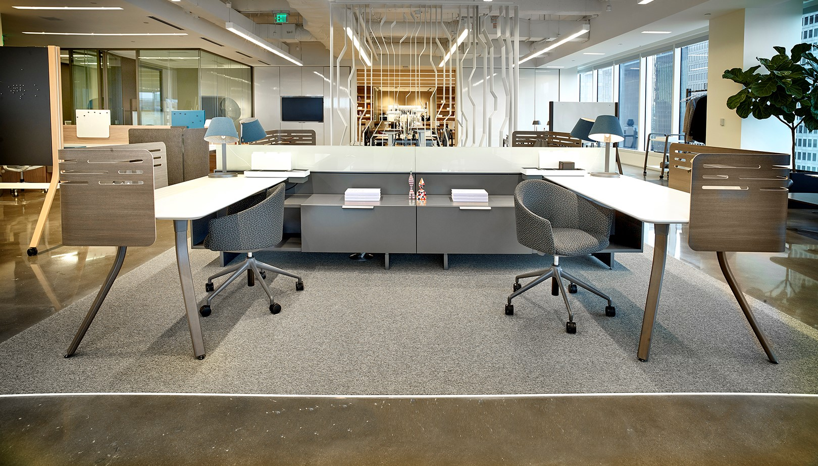 _03_Teknion_Dallas_District Workstation.jpg