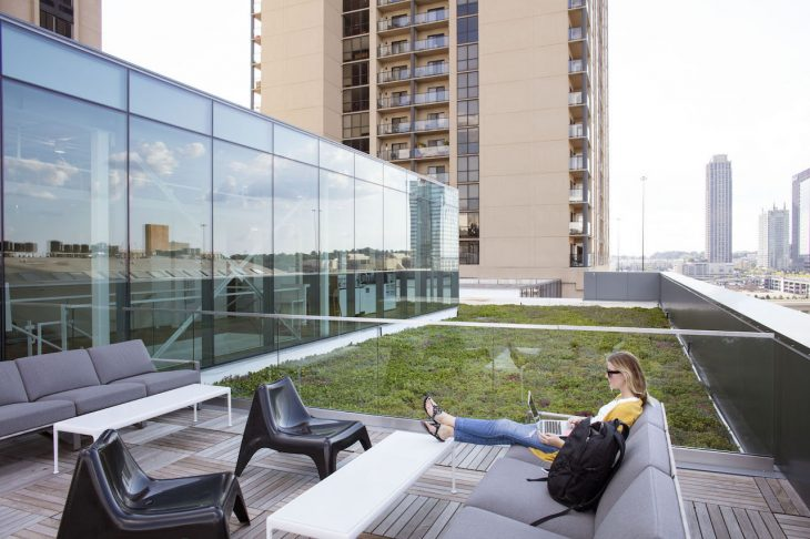 HQ_rooftop_patio-e1557929244558.jpg