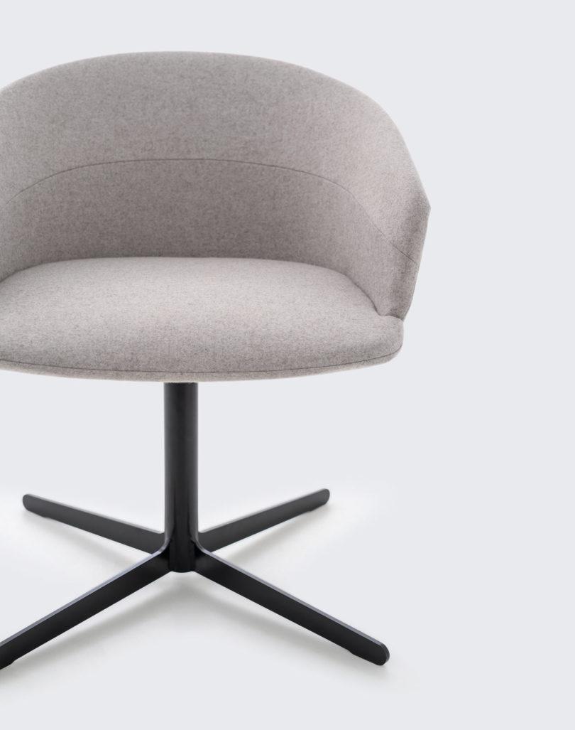 Clip-Chair-CKR-Studio-TK-8-810x1027.jpg
