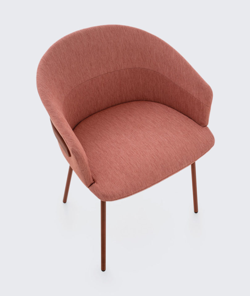 Clip-Chair-CKR-Studio-TK-6-810x956.jpg