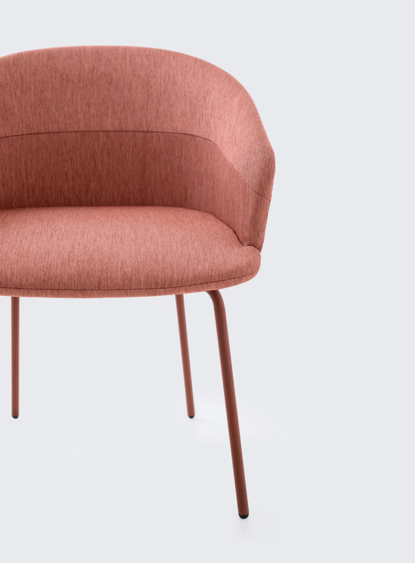 Clip-Chair-CKR-Studio-TK-5-810x1097.jpg