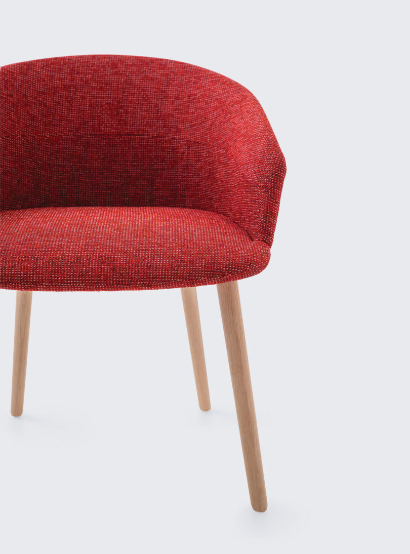 Clip-Chair-CKR-Studio-TK-4-810x1094.jpg