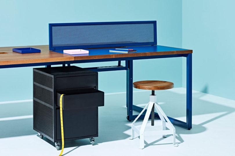 Reddie-Non-Corporate-Workstation-5m-810x540.jpg