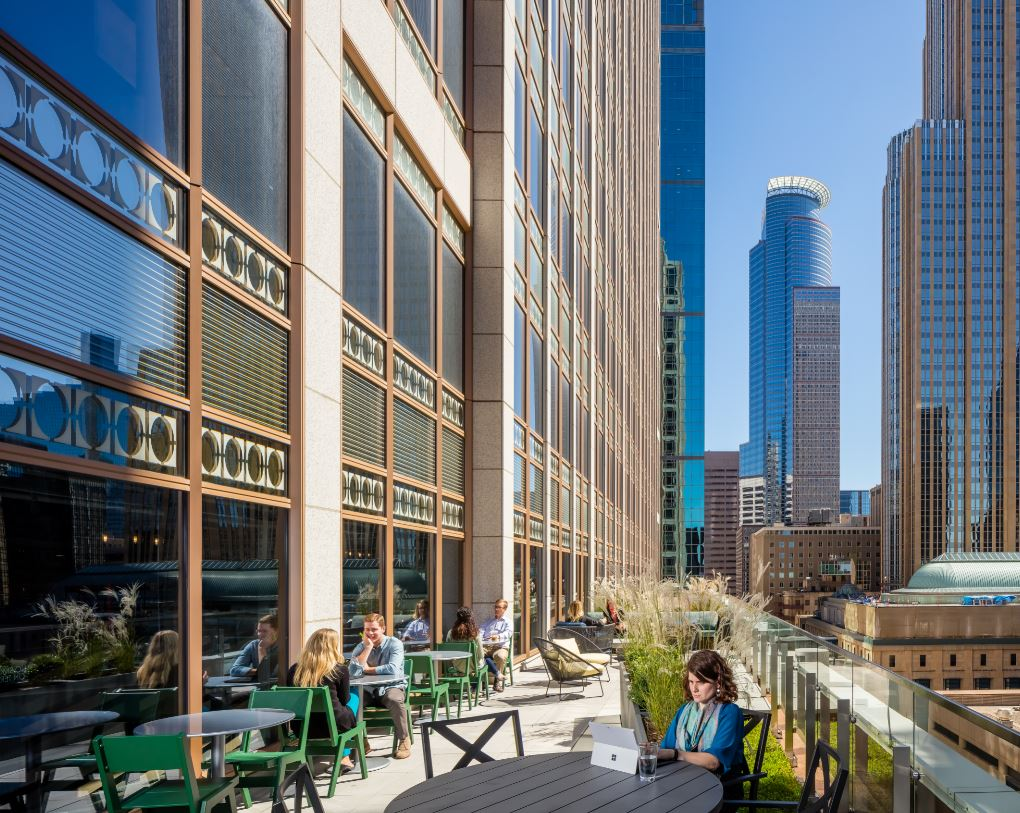 How and where employees work continues to evolve, supported by integrated technology. @9 Amenity Center, Fifty South Sixth in Minneapolis by DLR Group. Photo by Brandon Stengel.