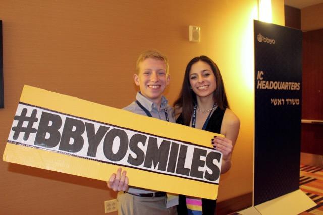 Teens enjoying the Bottles of Smiles program, hosted by Lonestar Region. Photo by Julia Saltzman.