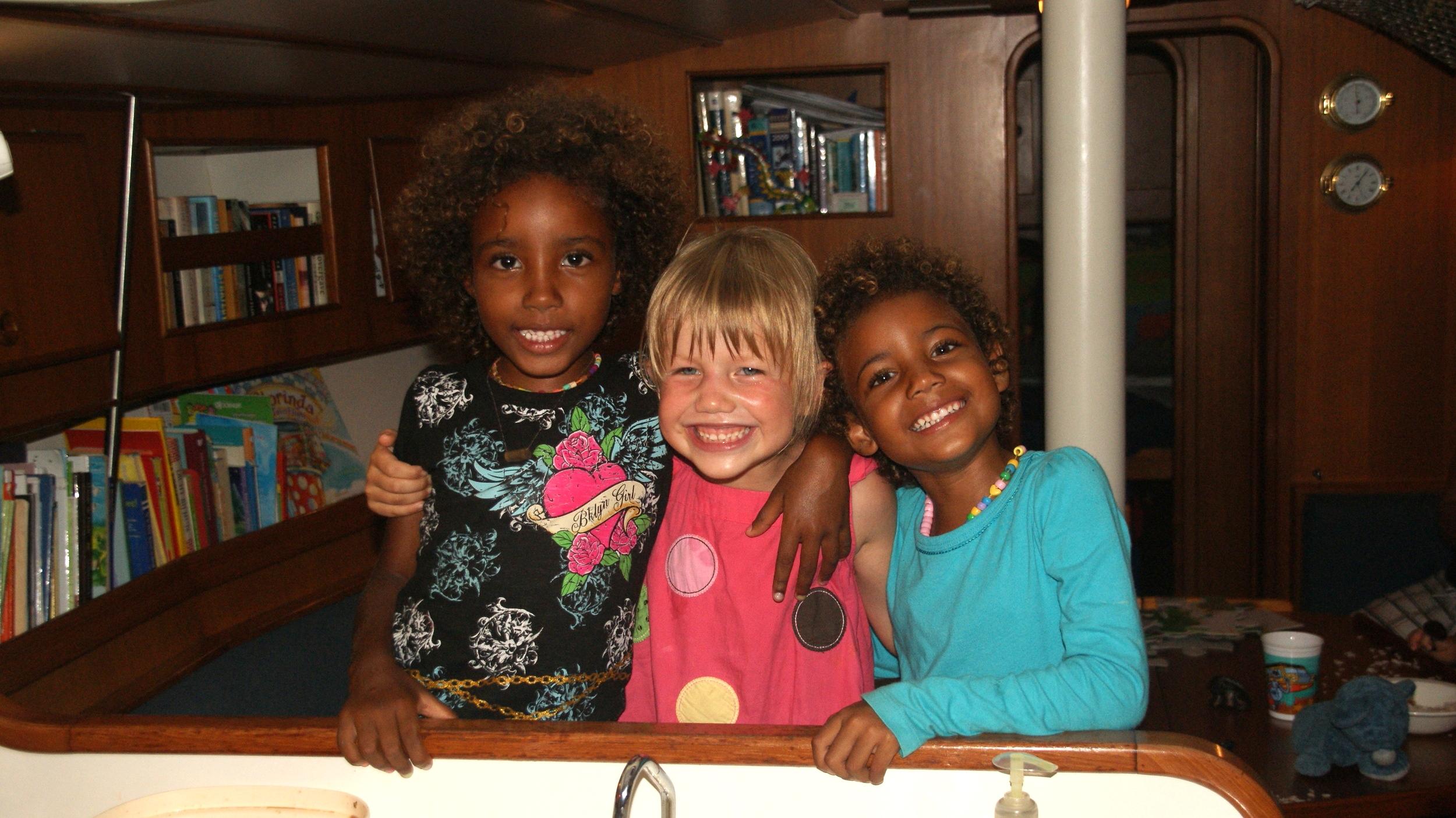 Sol, Emma and Luna 2011