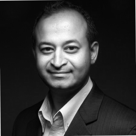 """Mohamedi """"Mo"""" Kagalwala   Co-Founder and Chief Scientific Officer, Siragen Inc."""