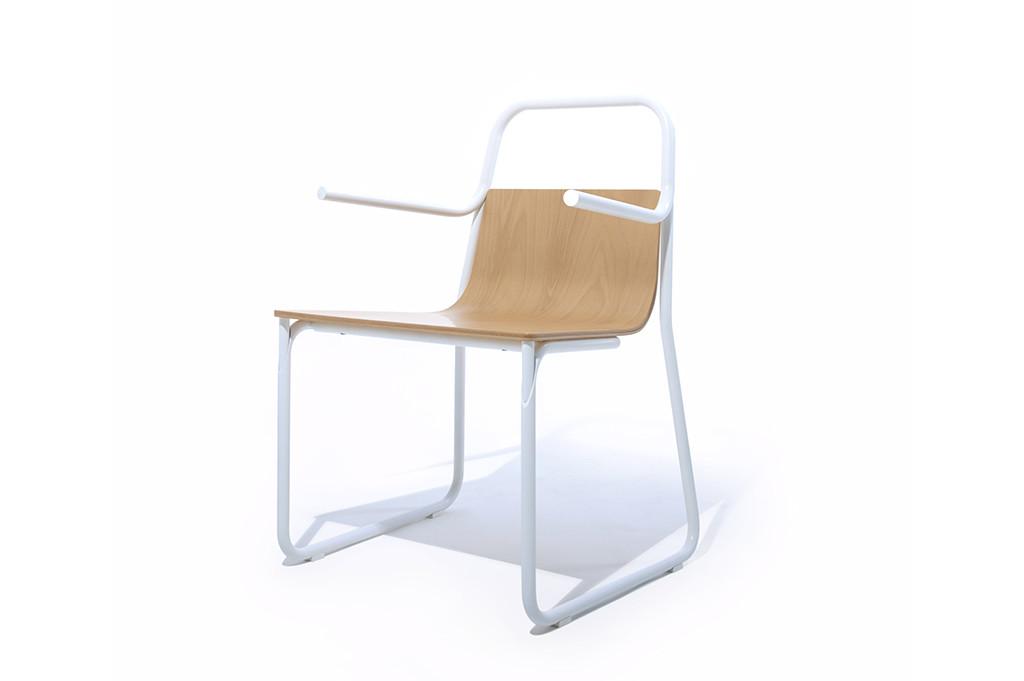Armchair In_tube