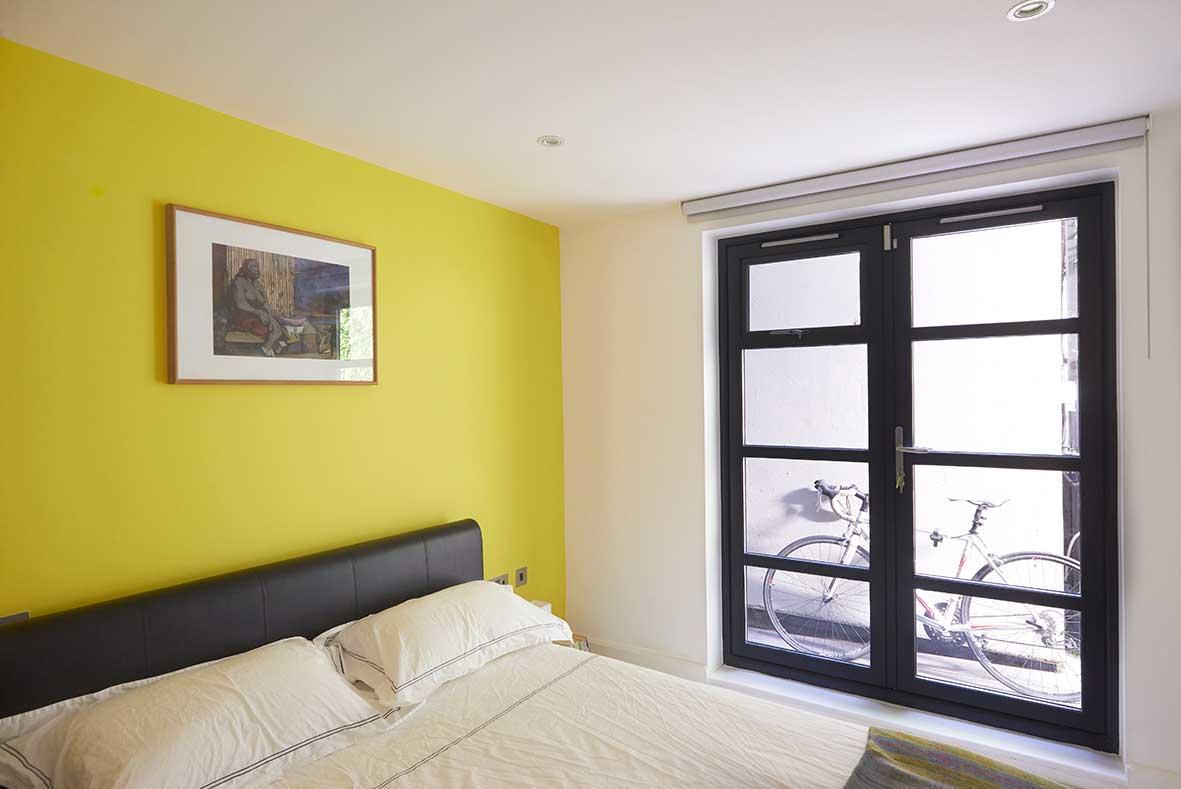 London_duplex_guestbedroom.jpg