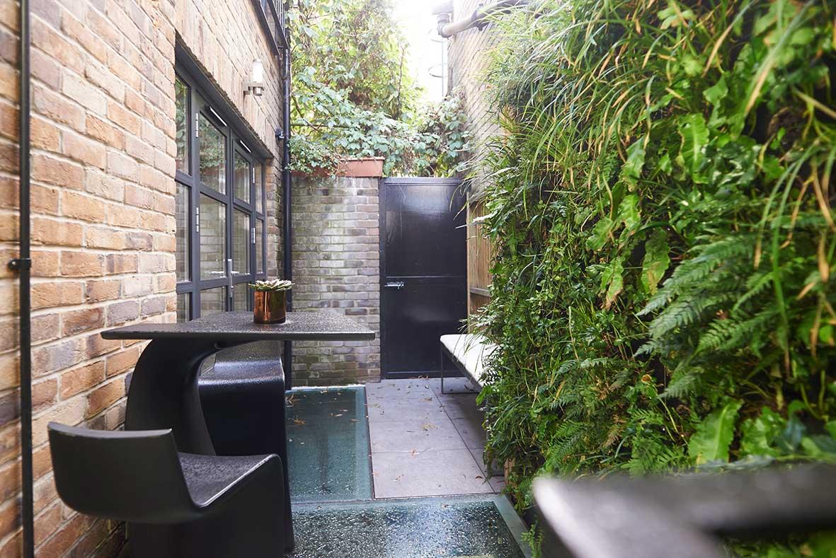 London_duplex_backyard.jpg