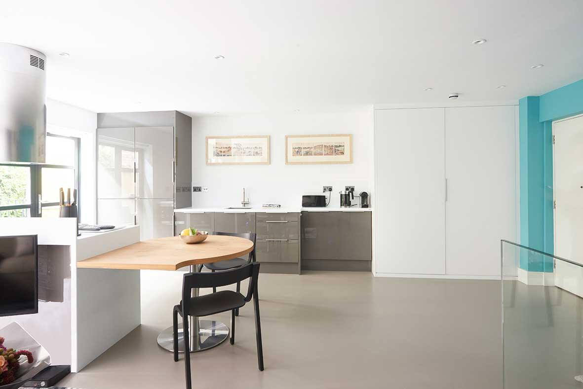 London_duplex_kitchen_layout.jpg