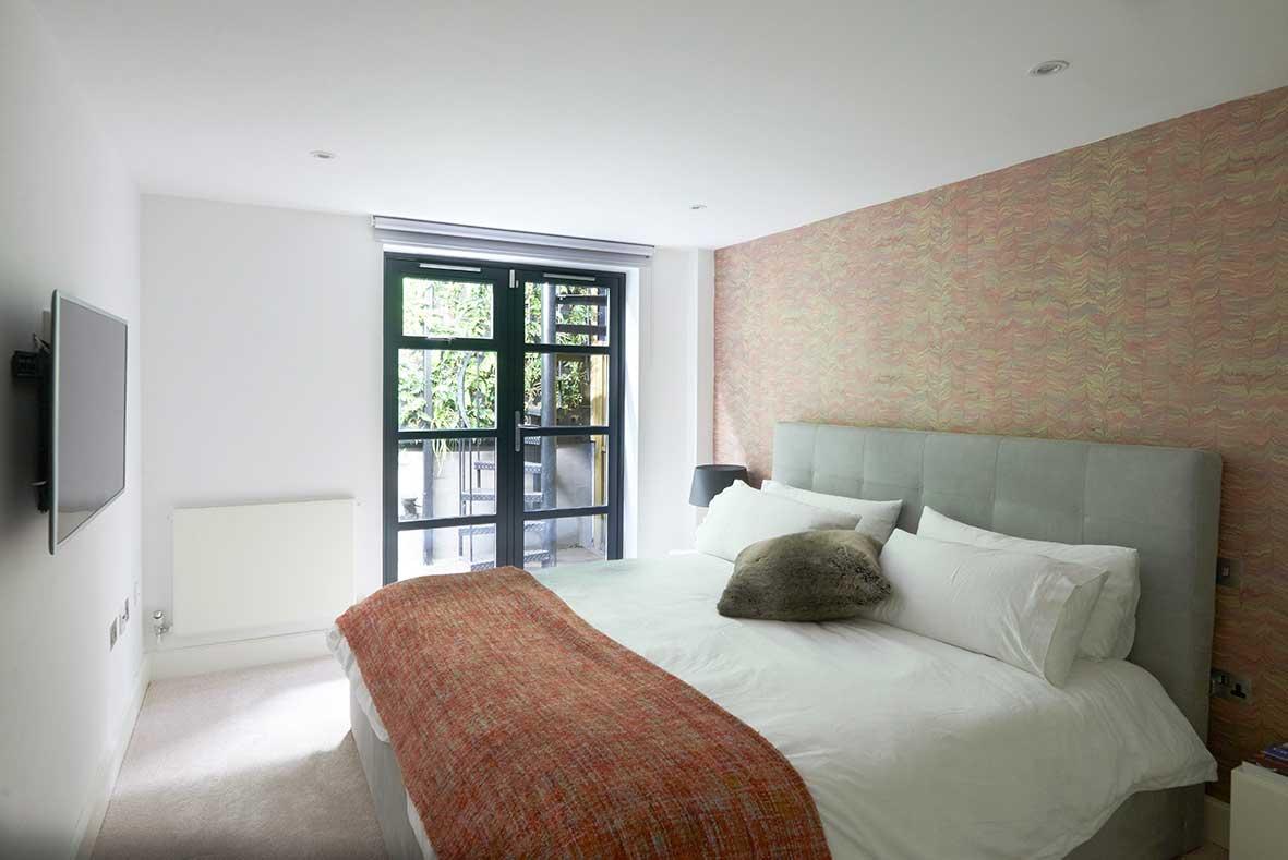 London_duplex_mainbedroom.jpg