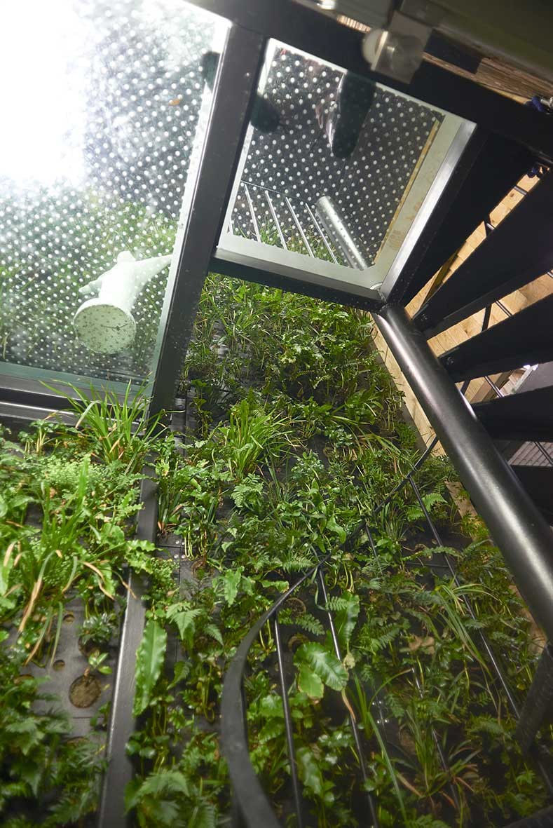 London_duplex_spiralstaircase.jpg