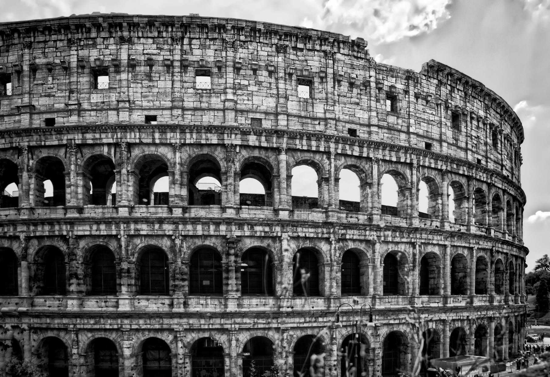 Colosseum_01-bw.jpg