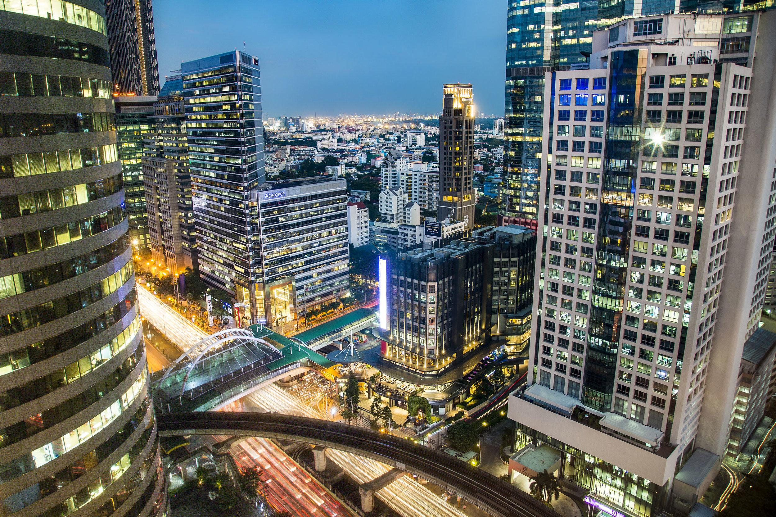BangkokTwilight-m.jpg