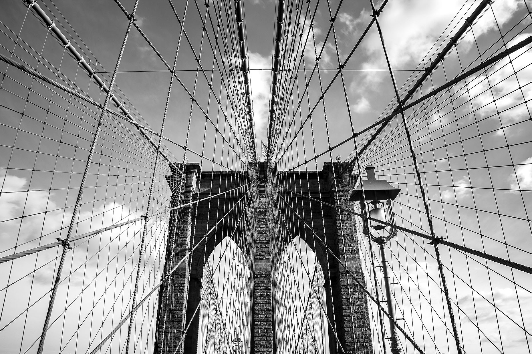 BrooklynBridge_02-bw_webuse.jpg