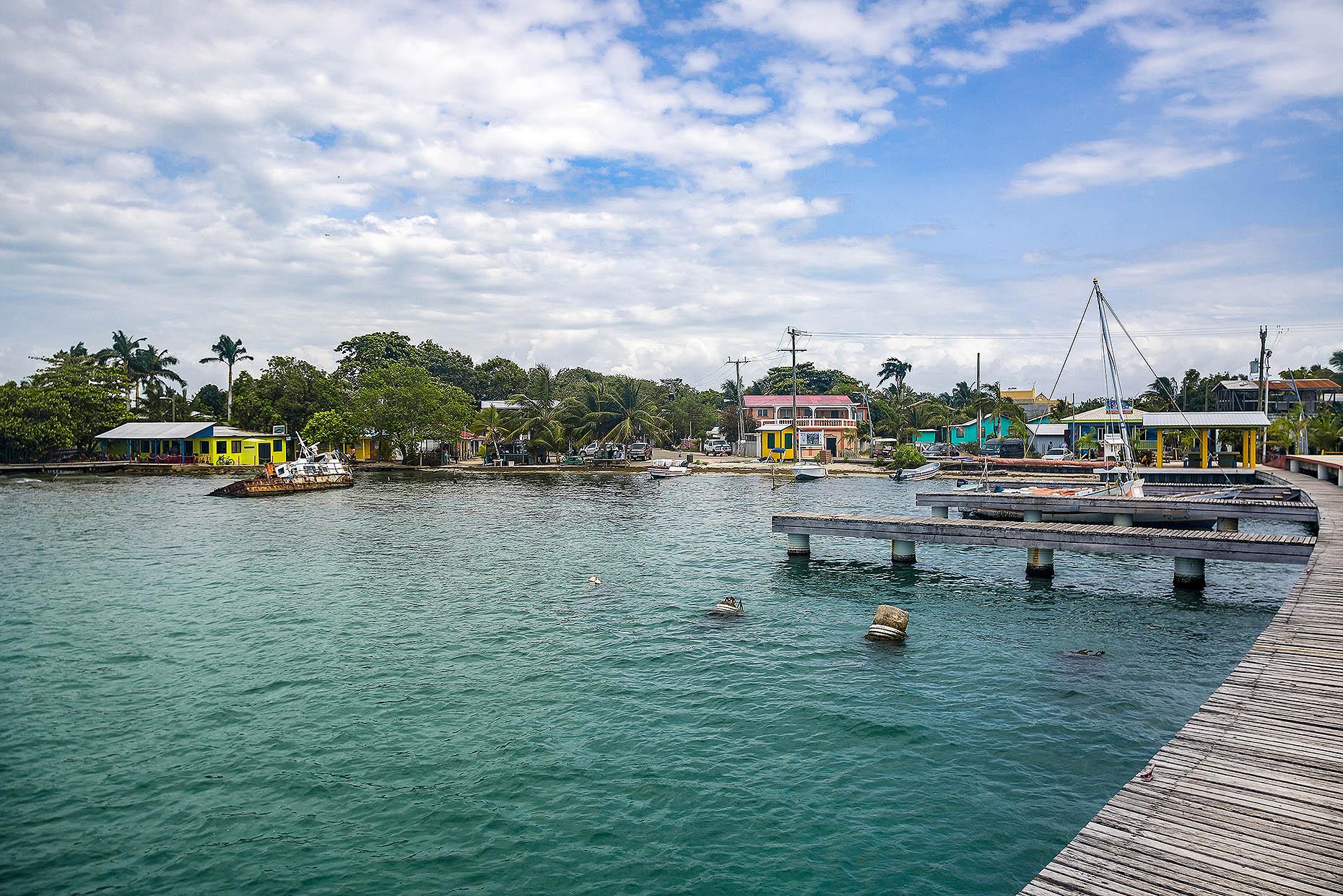 Belize_Placencia_Harbor_01.jpg