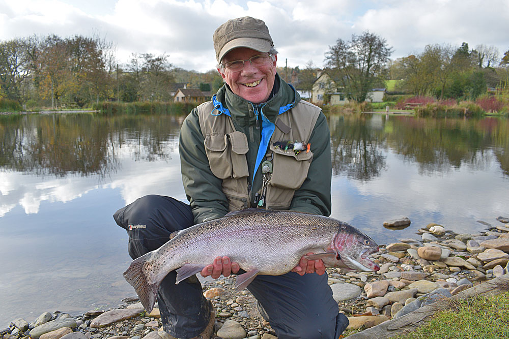 Richard Mason - 11th Nov 16 - 7lb 12oz Rainbow caught on a sink tip line and a Black & Green Lure.