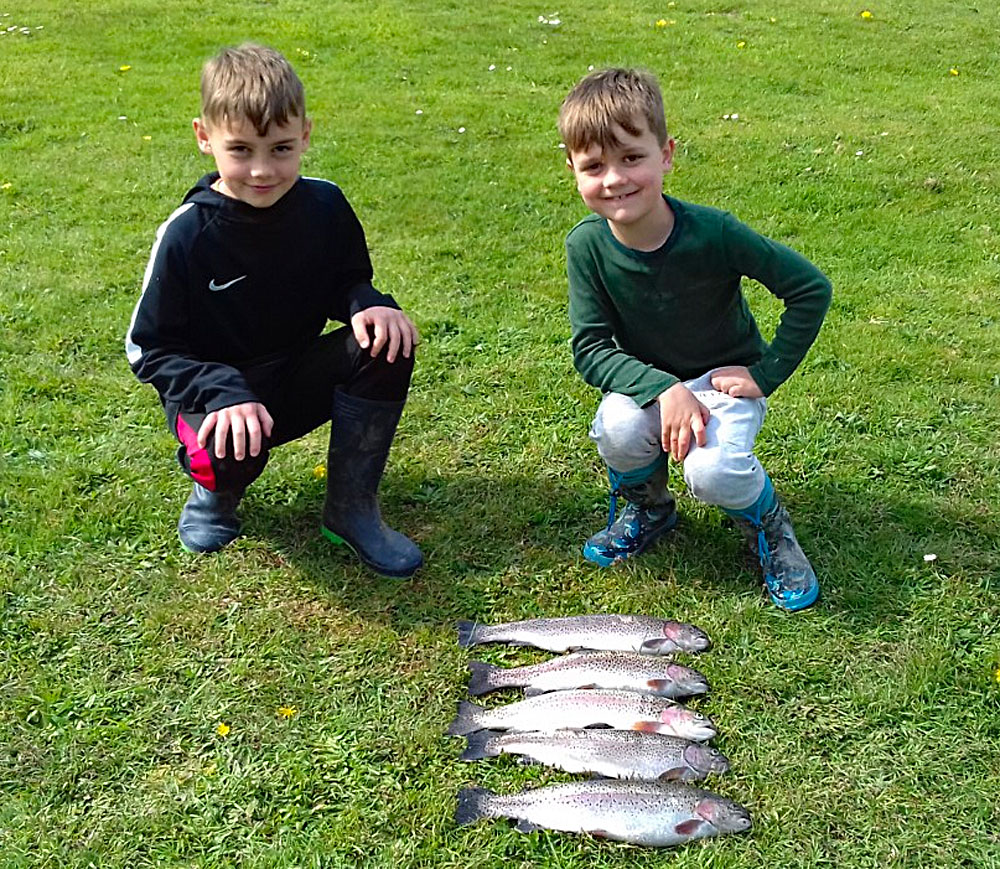 Magnus & Sid from Bristol enjoyed a fantastic days fishing on Lobbs Lake.