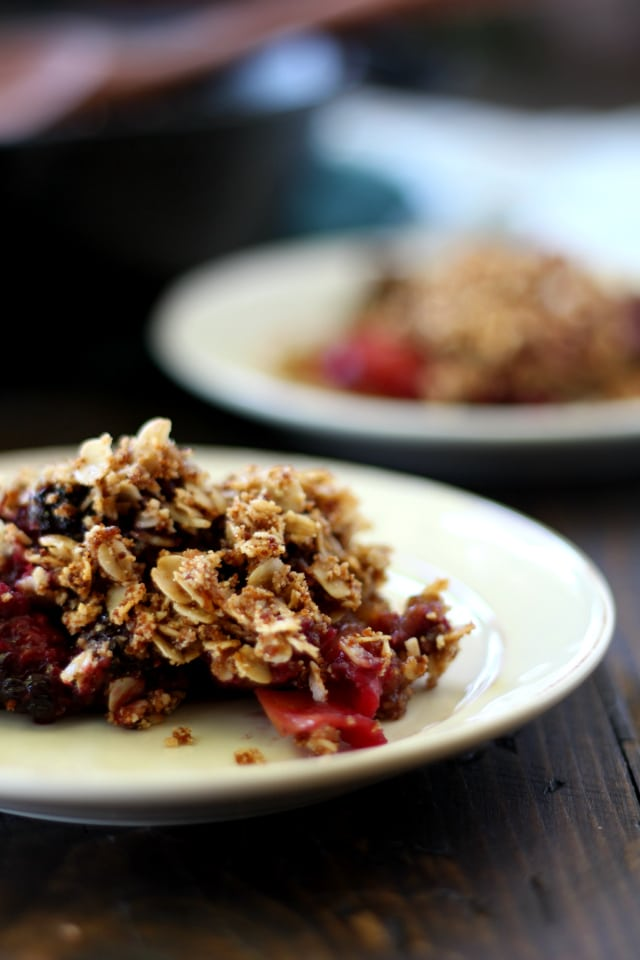 Healthy Apple Blackberry Crisp Recipe