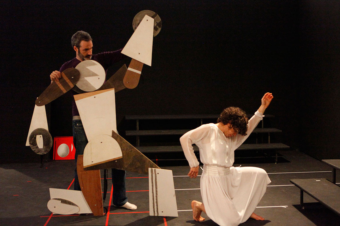 Rehearsal Sculpture, 2010 (participatory structure)