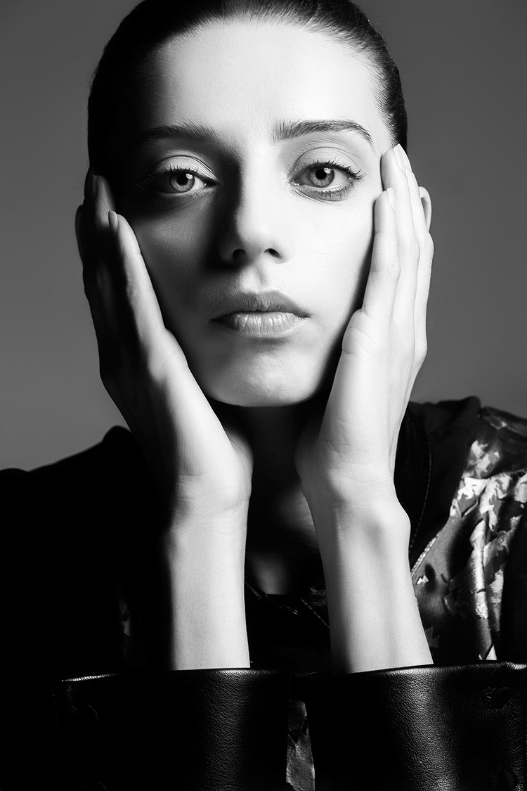 Angela-Sarafyan_B_0055+copy.jpg