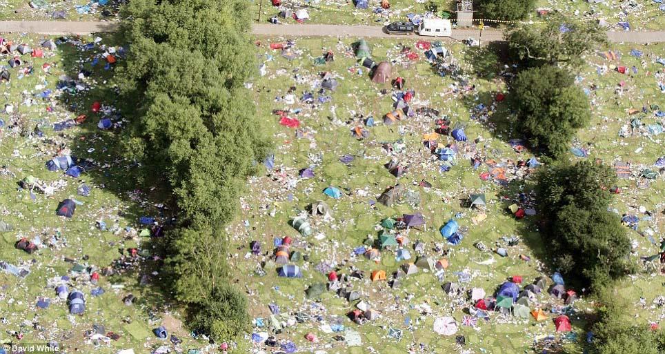 Culture   DISPOSABLE TENTS?   a festival fail   Read more