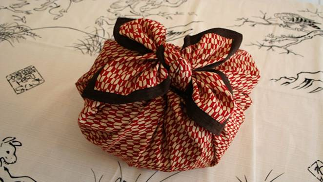 Use  furoshiki to wrap gifts  in cloth.