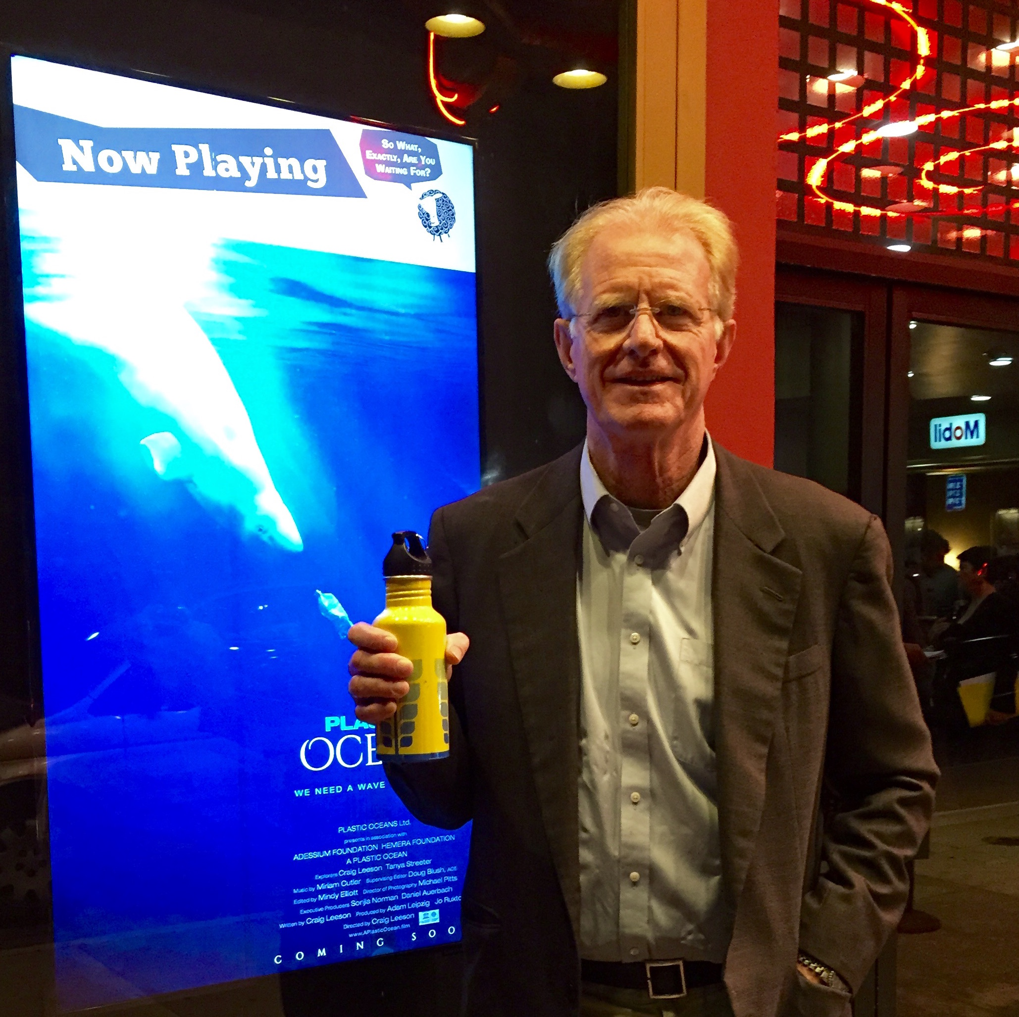 Actor and activist Ed Begley, Jr. shows off his resuable water bottle.