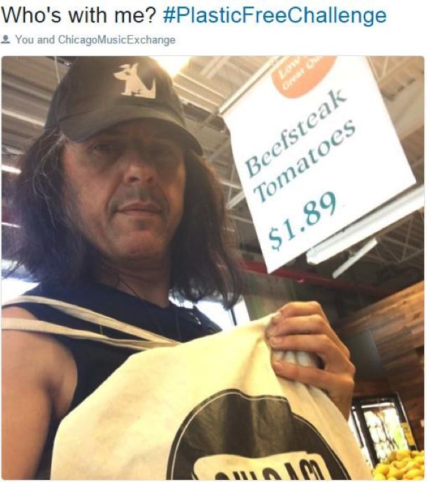 Alex Skolnick  guitarist from the popular metal band  Testament shows his reusable bag.