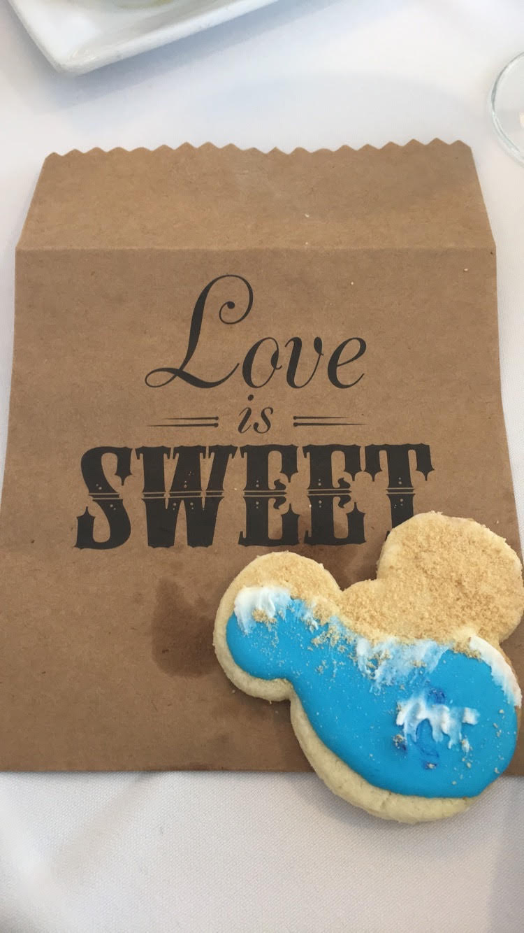 Paper bags for cookie favors