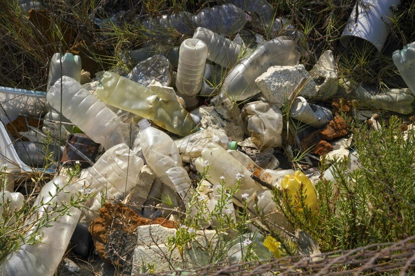 Editorial: California has the cure for the plastic plague. Let鈥檚 use it     The Los Angeles Times Aug. 25, 2020