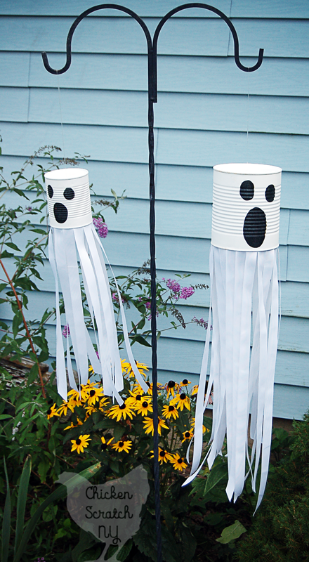 DIY windsock ghost (Chicken Scratch NY).png