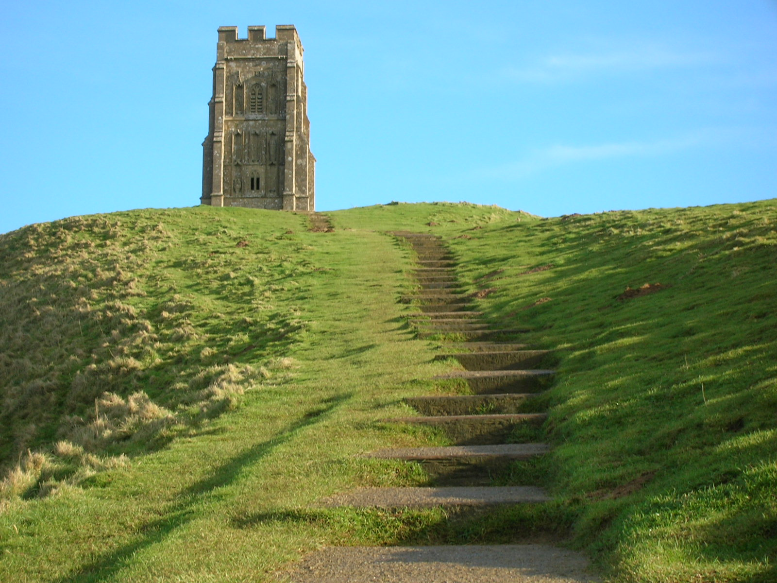 Summit_of_Glastonbury_Tor.jpg