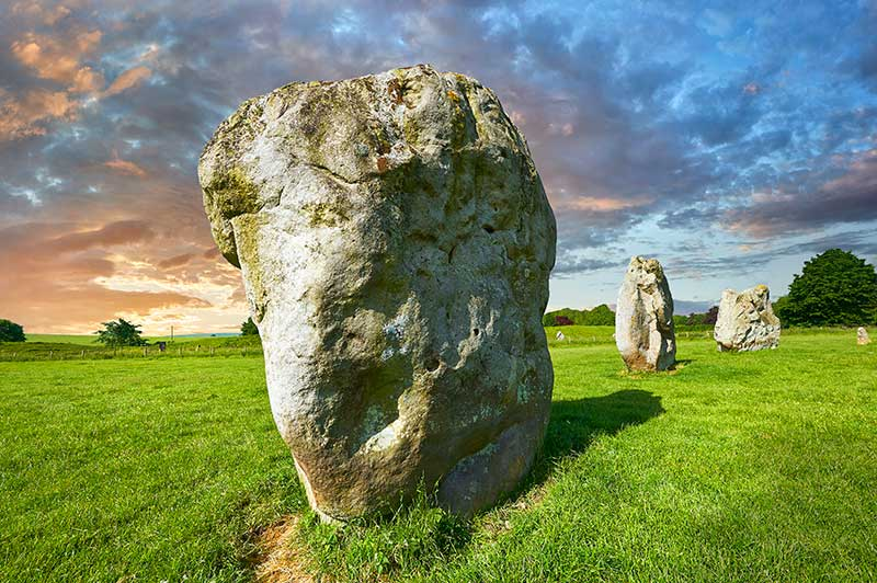 Avebury-Stone-Circle-Photos-2.jpg