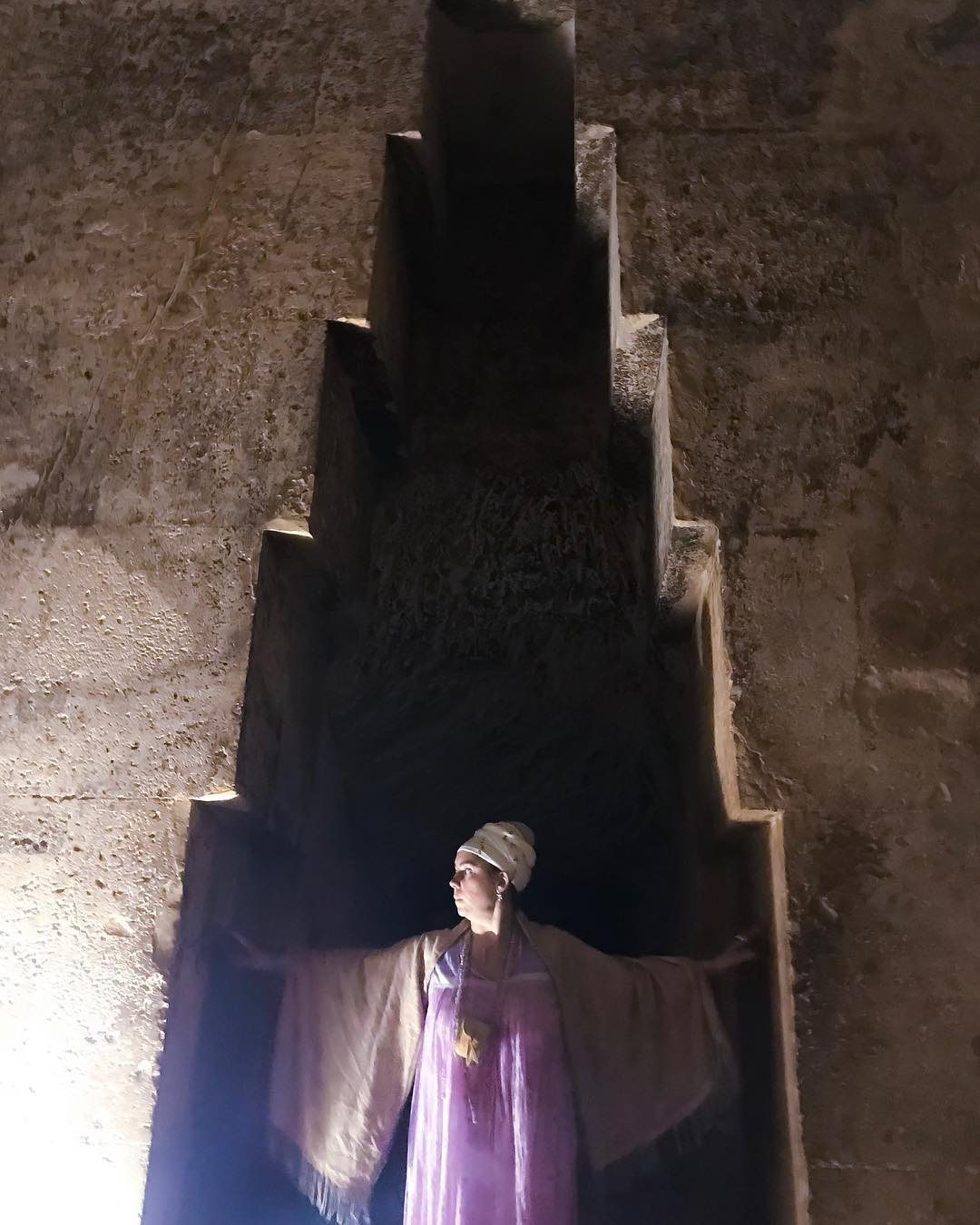 Pulling back the veils of the Otherworld ::: a Call to you from the Queen's Chamber of Khufu, the Great Pyramid