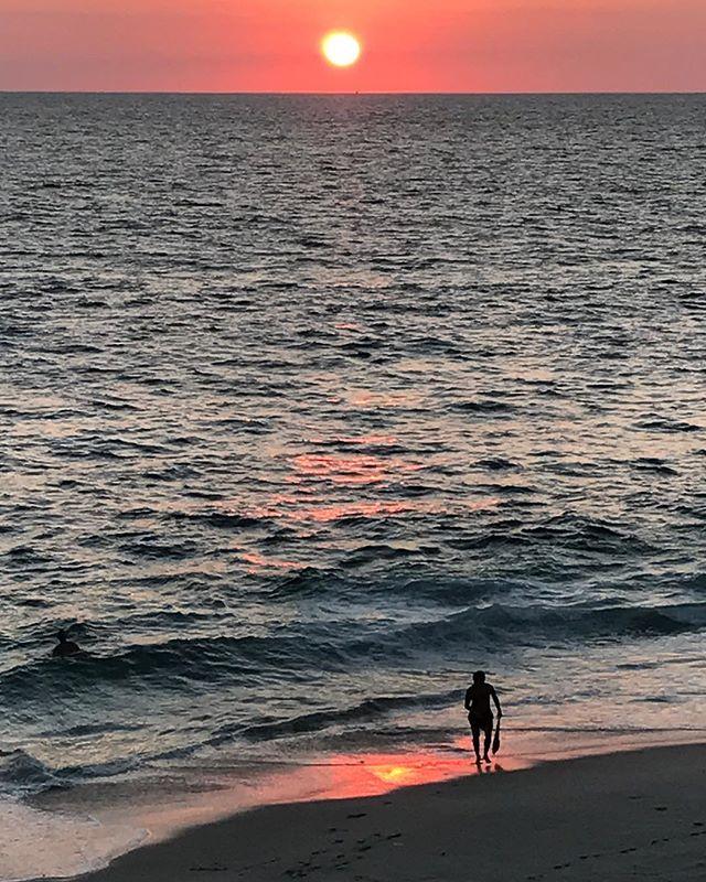 Last night's sunset!  No filters applied. #sandiego #windansea #surfing