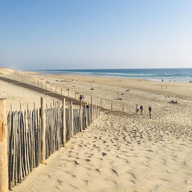 BEACH - RetreatS + TRAININGS