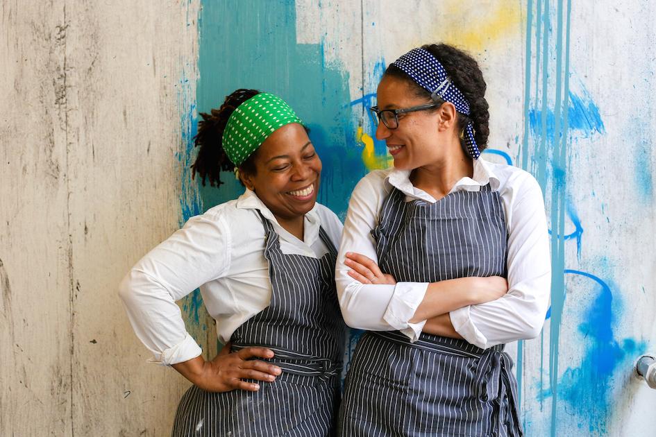 Christine et Noémie se croisent une première fois en 2010-2011, pendant leur année d'apprentissage dans la prestigieuse école de cuisine et hôtelière FERRANDI Paris