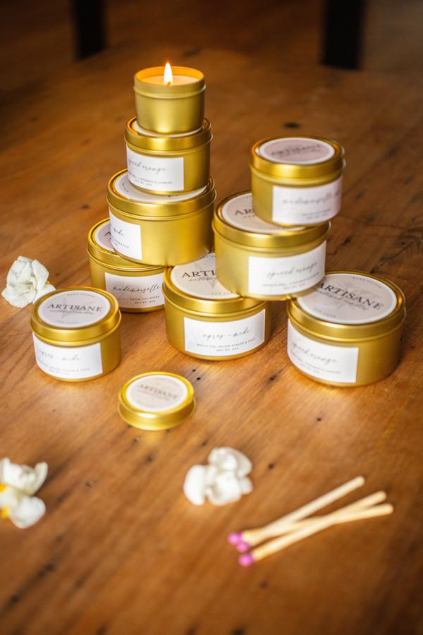 Artisane, bougies en cire naturelle   artisane-nyc.com  (bientot en ligne)  Instagran & Facebook: @ artisane.nyc