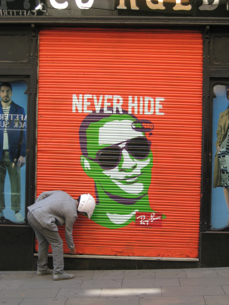 Ray-Ban-Never-Hide-Garage-Door