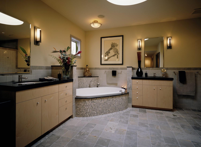 Bath_1.jpg