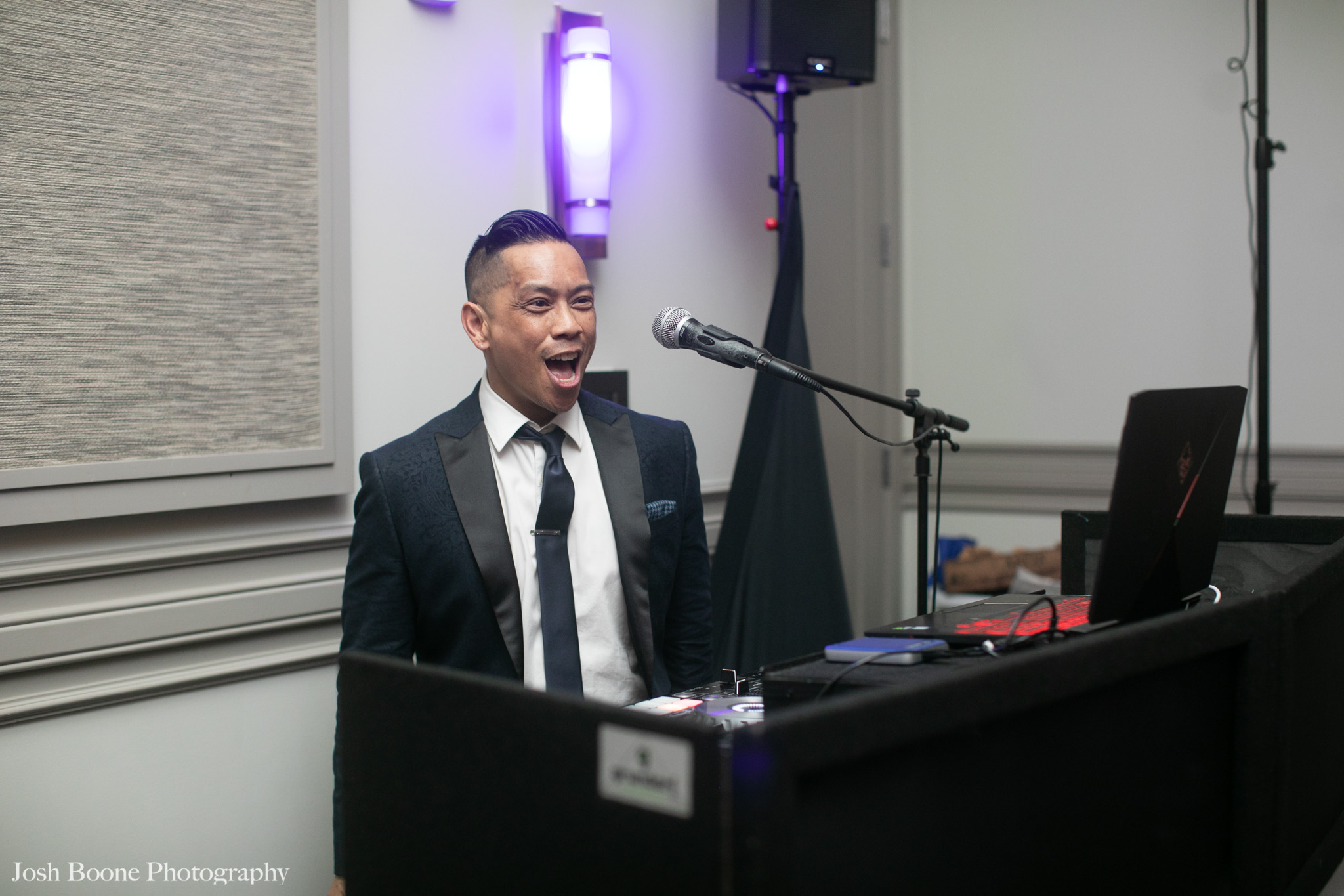 noahs_event_venue_wedding-101.jpg