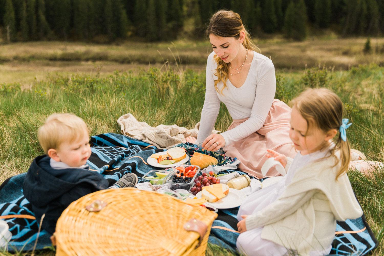 Mother's Day Calgary Lifestyle Photographer Guenard Photography