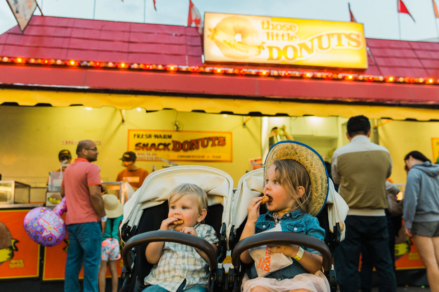 What to do with kids at the Calgary Stampede Guide, Jennie Guenard Photography