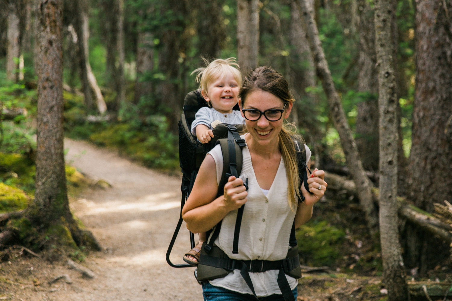 Easy Hike, Hiking with kids at Lake Louise Jennie Guenard Photography Lake Louise Photographer Fairview Lookout