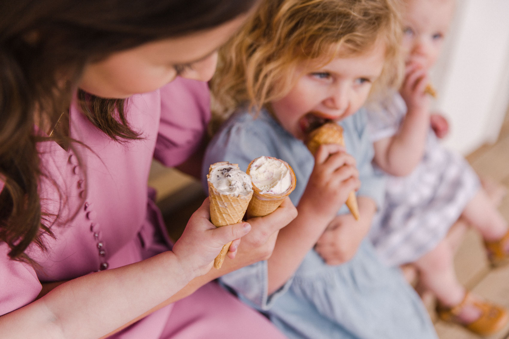 Calgary Motherhood Shoot Lifestyle Photographer Jennie Guenard Photography Made by Marcus