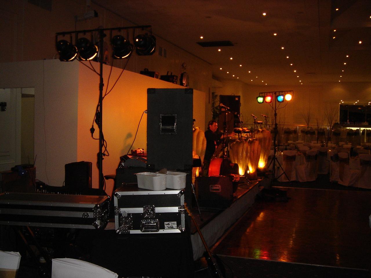 Monash Medical Ball 6th October 2006 - Leonda 016.jpg